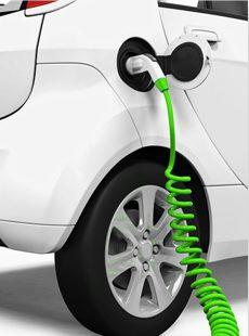 Le véhicule électrique : entre engouement et inquiétude pour réussir la transition énergétique